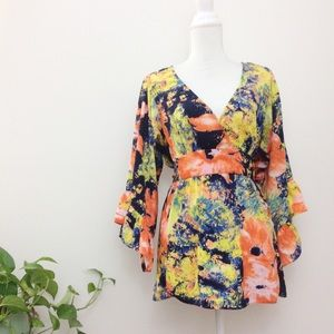 Betsy Johnson Colorful Bell Sleeve Blouse Large